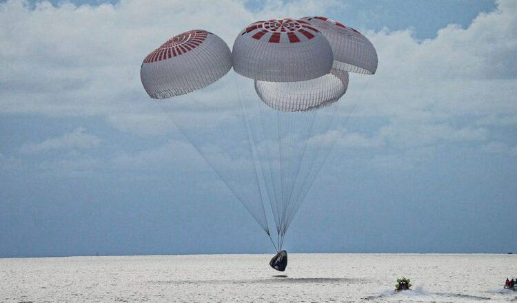 Inspiration4 de SpaceX regresa después de 3 días en órbita