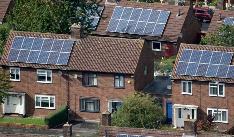 Energía solar en Australia: cuánto generamos en comparación con el Reino Unido