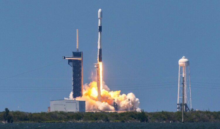 A medida que Starlink de SpaceX aumenta, también podría aumentar la contaminación lumínica
